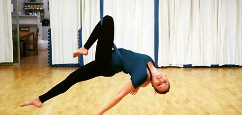 Lekce oblíbené fly jógy, tentokrát pro dospělé